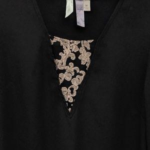 Francesca 3/4 sleeve black top size M